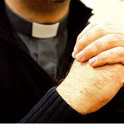 Un brazo de Cristo. ¿Acaso no son eso los sacerdotes?